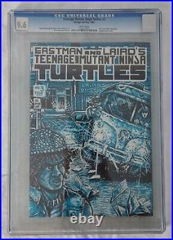 TEENAGE MUTANT NINJA TURTLES #3 1st printing CGC 9.6 1985 White Pages TMNT